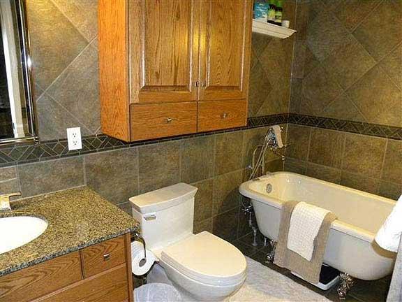 Bathroom renovations edmonton 28 images edmonton for Bathroom decor edmonton